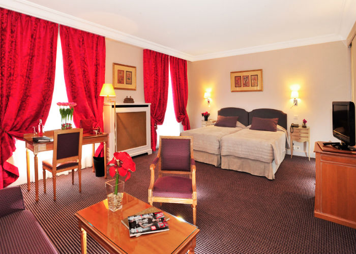 the hotel le littr paris select. Black Bedroom Furniture Sets. Home Design Ideas